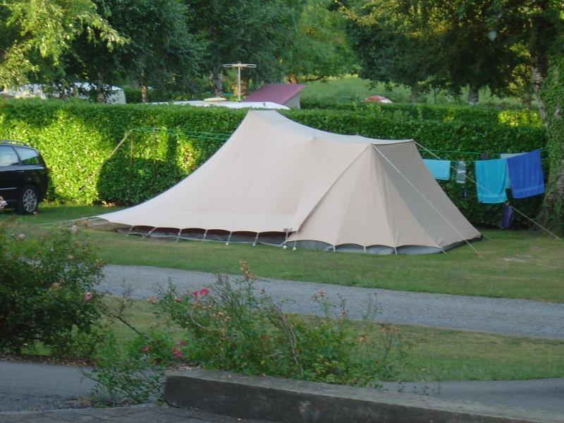 quelques tentes vues dans les pyrenées Dsc00212