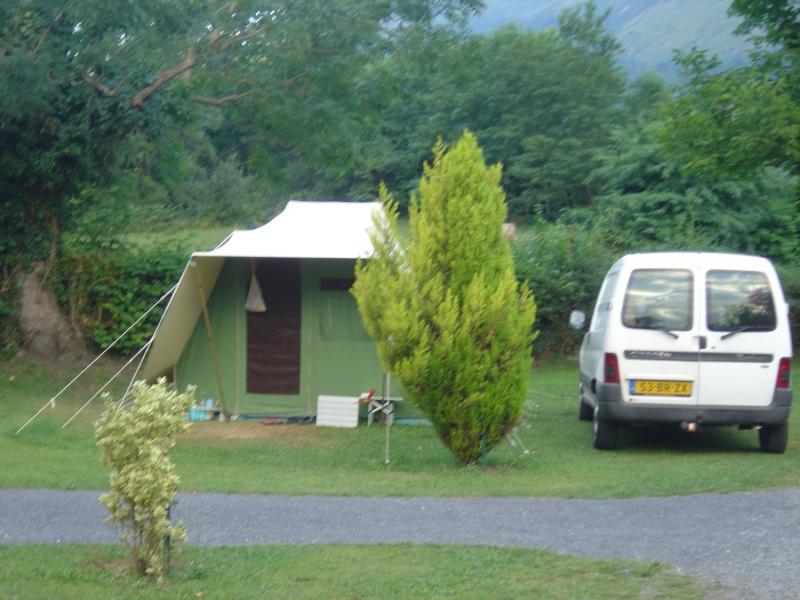 quelques tentes vues dans les pyrenées Dsc00217