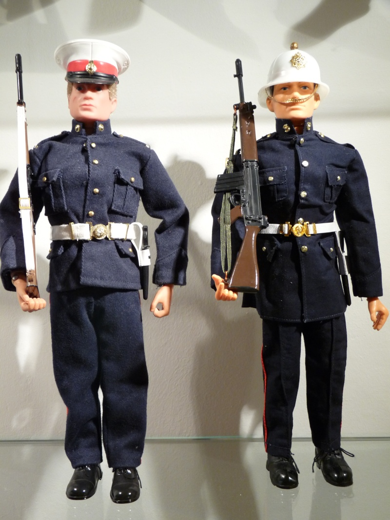 Comparisons : Tommy Gunn vs Action Man P1050814