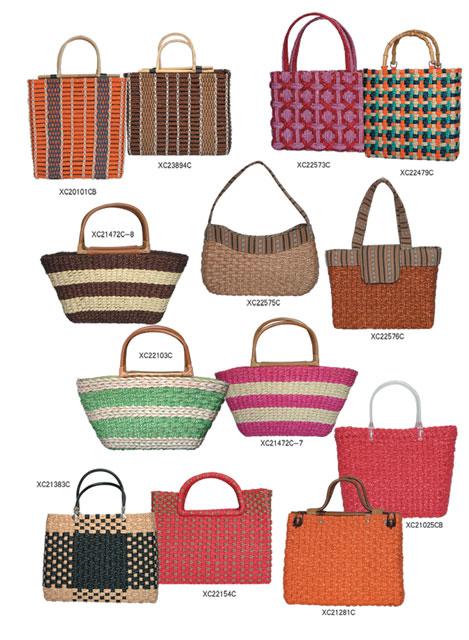 Fashion Handbags  02 1810