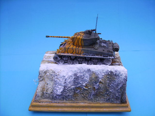 M4A3E8 sherman corée 1/72° E94010