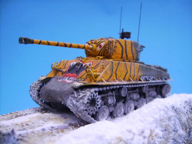 M4A3E8 sherman corée 1/72° E95110