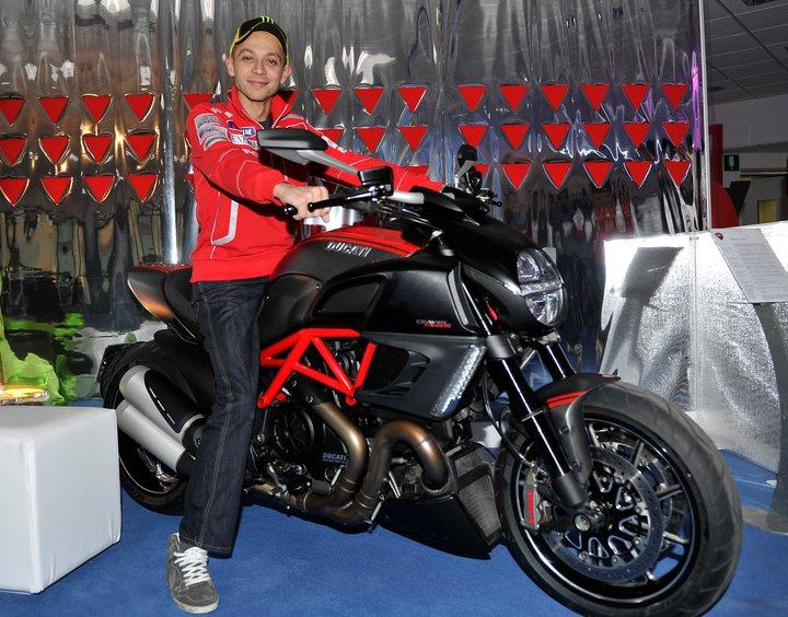 Moto GP- Saison 2011 - - Page 7 16513510