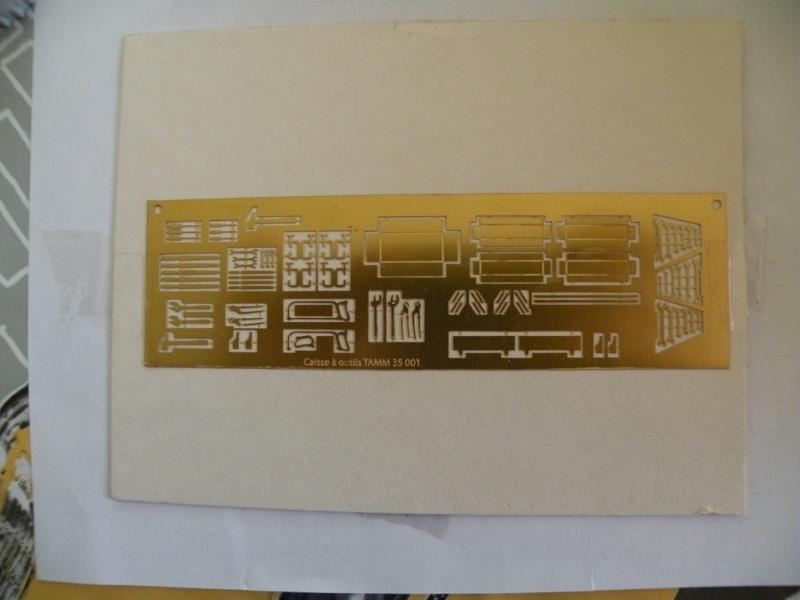 review photodécoupe caisse a outils... Dscn7113