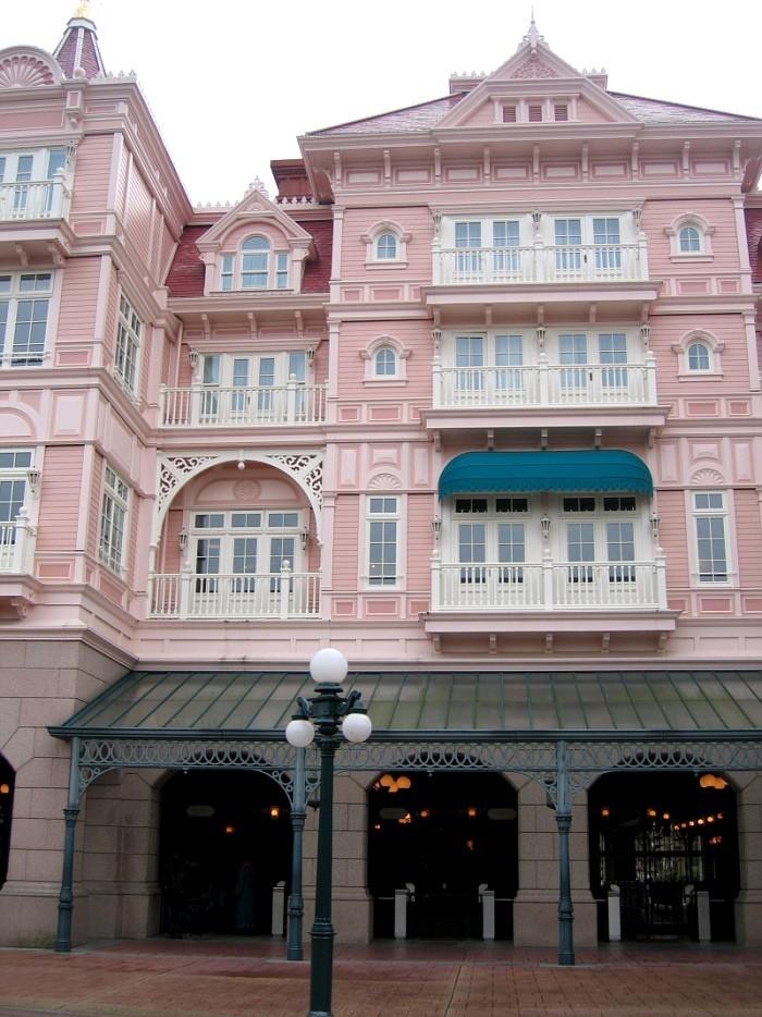 Disneyland Hôtel - Page 3 2007dl23