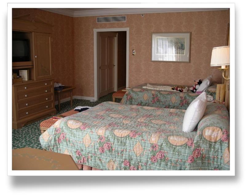 Disneyland Hôtel - Page 3 Bv000013
