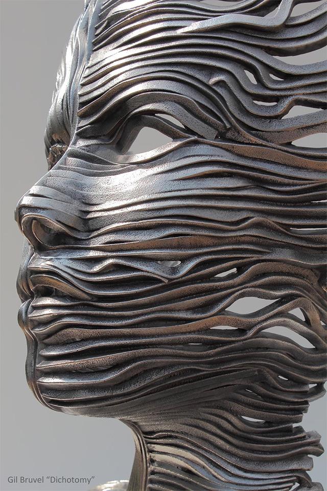 Une sculpture / un sculpteur en passant A125