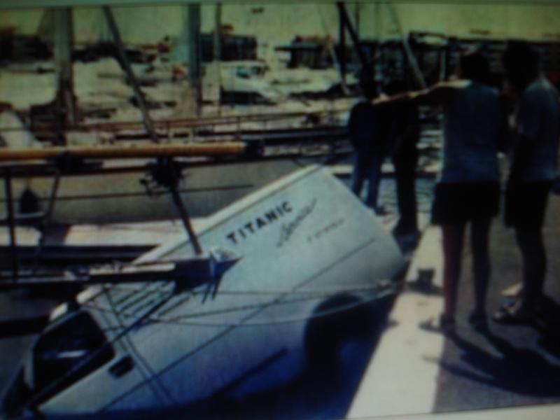 Une nouvelle est tombée le Titanic a coulé Dsc01010