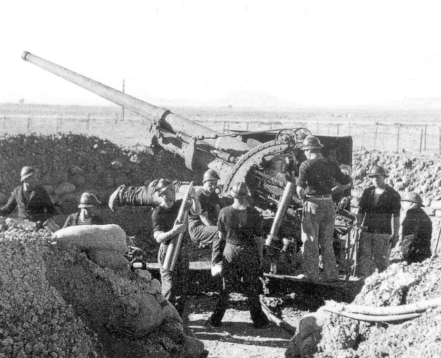 le Canon de 90 mm Schneider et ses dérivés Sidi_z11