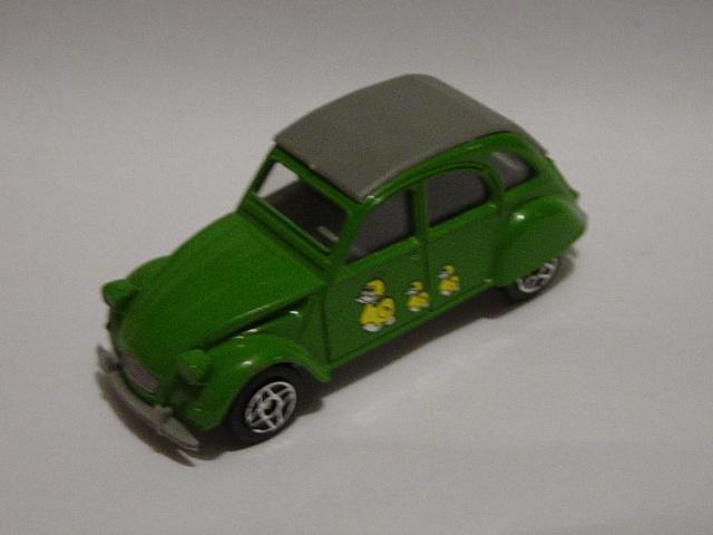 1401 Dinky Solido Cougar 2CV Dsc08059