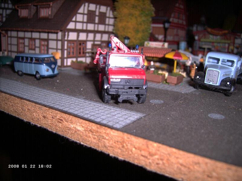 Kibri H0 - Bausatz Feuerwehrunimog mit Kran Pict1115