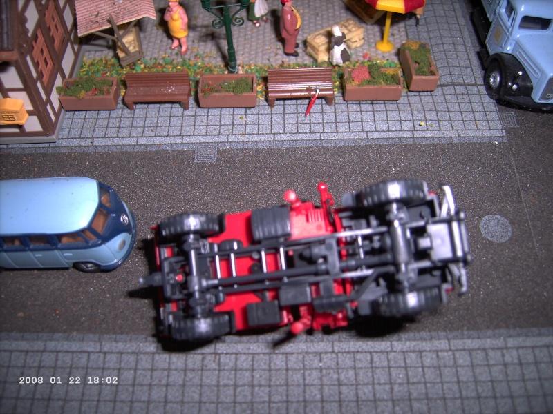 Kibri H0 - Bausatz Feuerwehrunimog mit Kran Pict1116