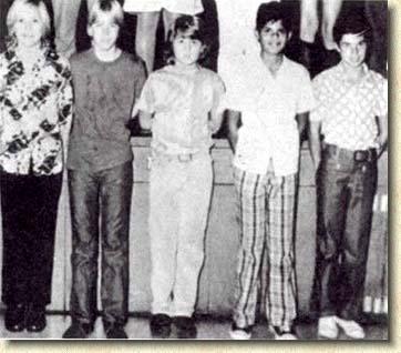 Johnny enfant/ado ou avec sa famille 1976-012