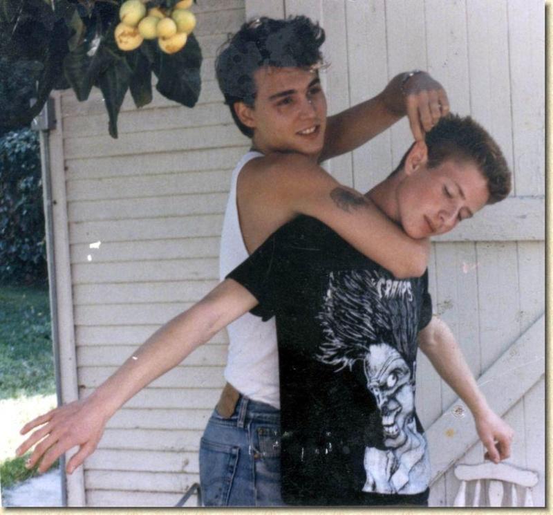 Johnny enfant/ado ou avec sa famille 1983-110