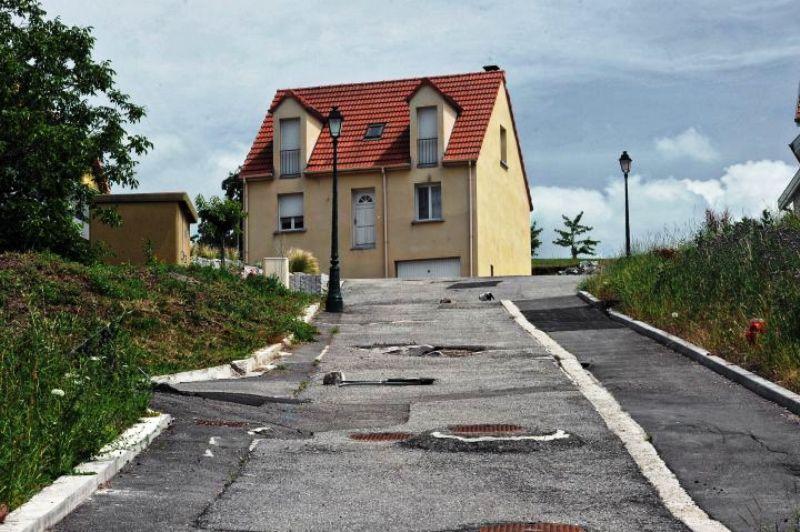 Un village alsacien rendu inhabitable par un forage géothermique ! Par OL (sciences&avenir) 29558410