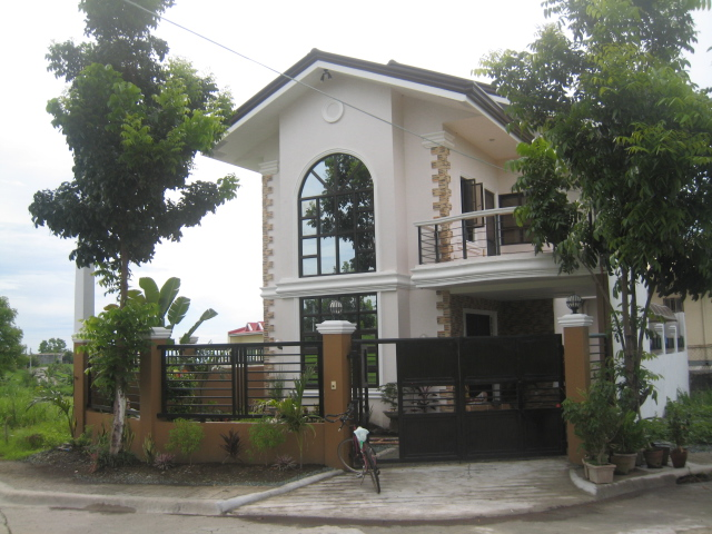 Two Storey Residential House with Attic (Windsor Estate, Dasmarinas, Cavite) - COMPLETED - Page 2 Img_5111