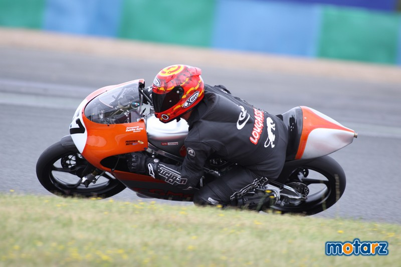 [FSBK] Magny-cours, 17 et 18 juillet 2010   - Page 4 Mike10
