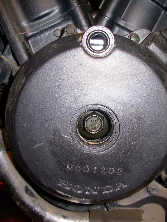 NTV 650 : Bruit claquement bas moteur Vis_d_11