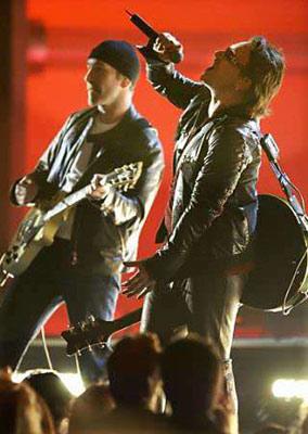 Fotos με ηθοπoιούς - Σελίδα 5 Grammy10