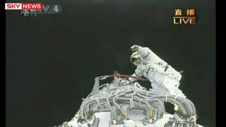 [Shenzhou 7] Sortie dans l'espace - Page 5 Vlcsna23