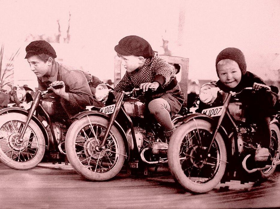 Vos photo d'époque cyclo temps des yéyés garage  Ancien10
