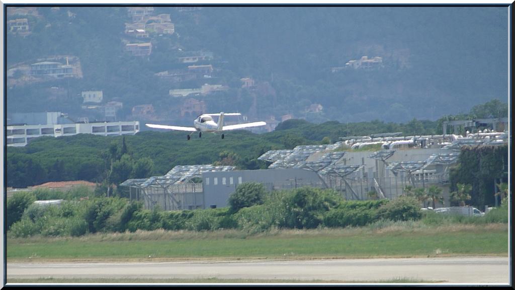 LA PHOTO DU JOUR - Page 37 Avion_10