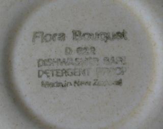 Flora Bouquet  d622 by Crown Lynn Flora_11