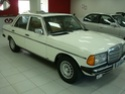 Vende-se w123 300D- 1982- Branca, impecável!!! (ANÚNCIO DESATIVADO PELA MODERAÇÃO) Carros13