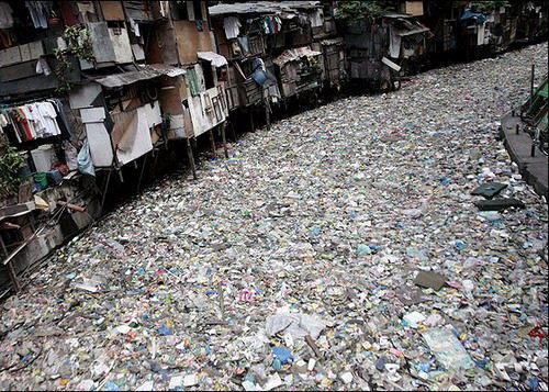 Le fleuve Citarum (Indonésie), le plus pollué du monde Dat21-10