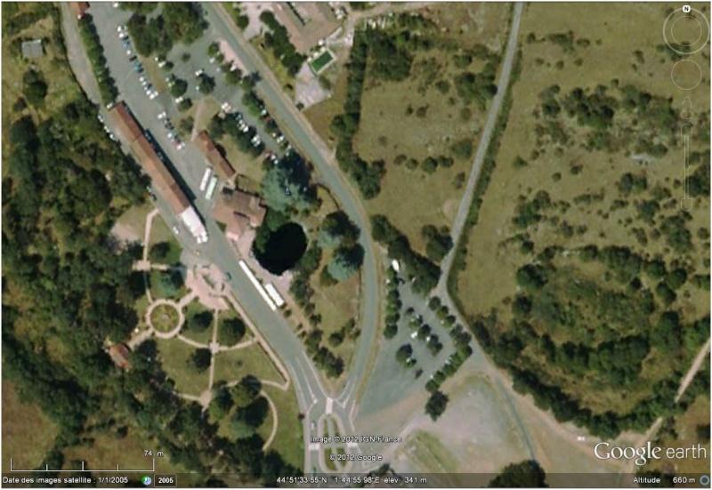 Les grottes du Monde illustrées avec Google Earth - Page 3 Padira10