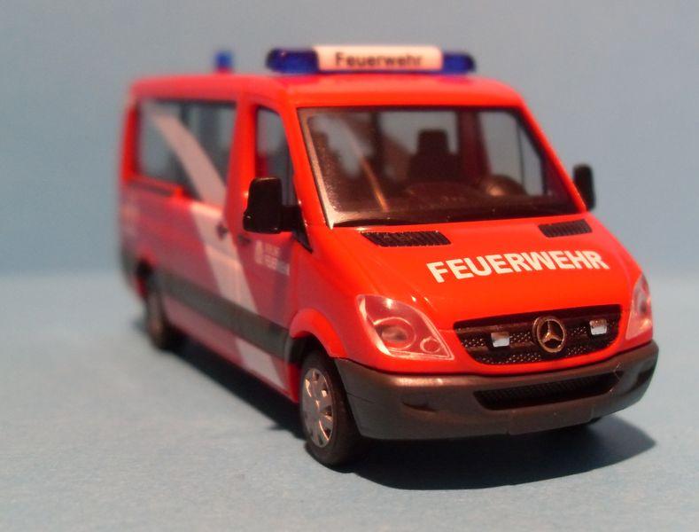John - Meine BLAULICHTSAMMLUNG / Mercedes Sprinter als MTF 1 1:87 Sdc13015