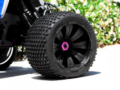 Même type de pneus que ceux d'origine - Page 2 4axial10