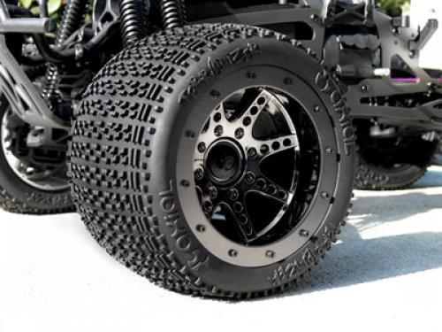 Même type de pneus que ceux d'origine - Page 2 Be80ff10