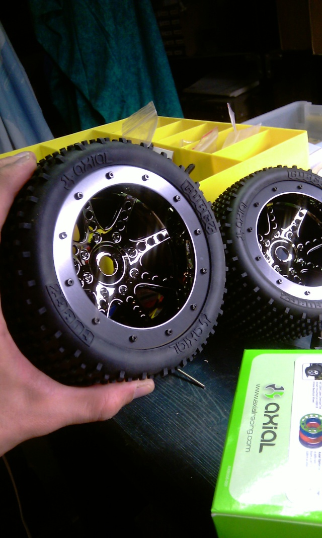 Même type de pneus que ceux d'origine - Page 3 Imag0014