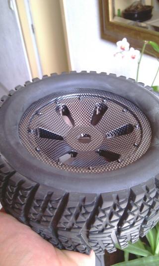 Même type de pneus que ceux d'origine - Page 2 Imag0418
