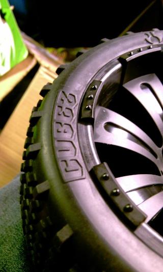Même type de pneus que ceux d'origine - Page 3 Imag0517