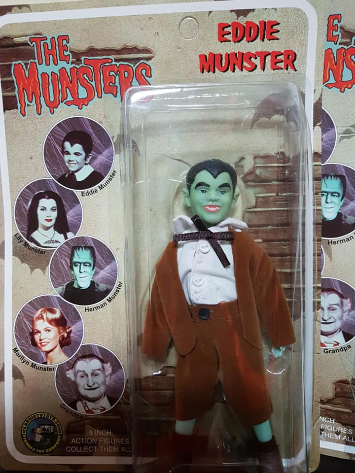 The-Munsters-Family-lotto-5-af-Herman-Grandpa-Lily-Eddie-e-Marylin-new-sealed 78420310