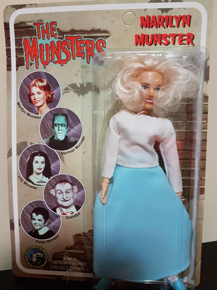 The-Munsters-Family-lotto-5-af-Herman-Grandpa-Lily-Eddie-e-Marylin-new-sealed 79212310