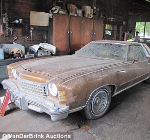 Who wants a A NO OWNER Monte Carlo  Articl10