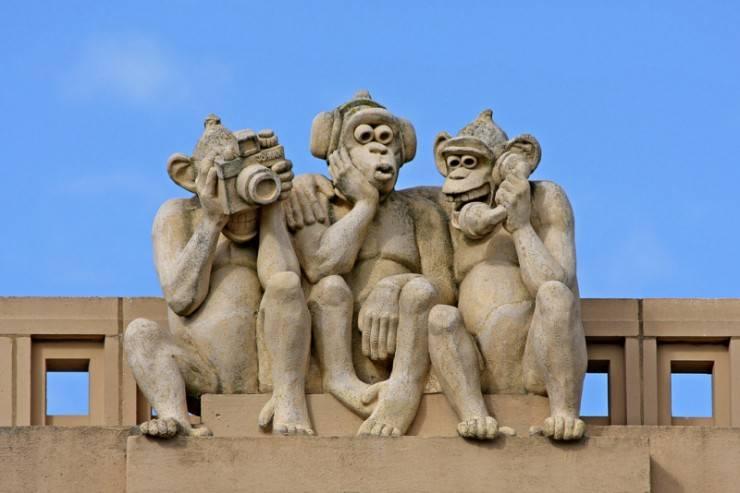 Modern 3 monkeys Image010