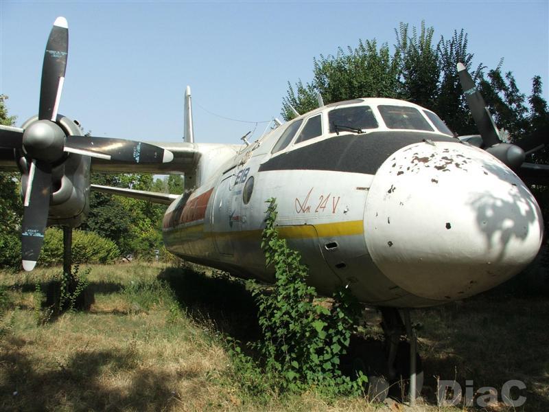 Avioanele de la Facultatea de Electrotehnica Craiova Dscf1613