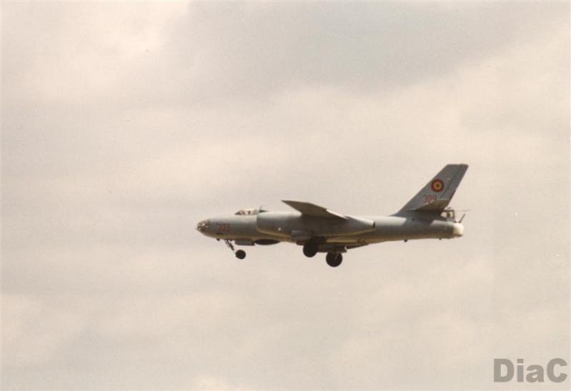 Hong H-5B/C/J in RoAF. Pictur18
