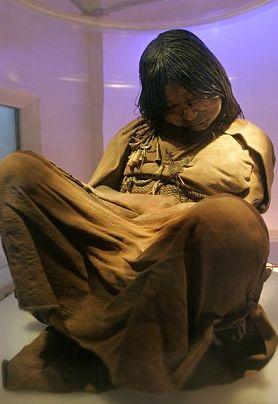 Momies incas : les enfants longuement drogués avant leur sacrifice (Llullaillaco - Argentine) 30235312