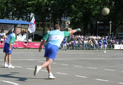 Le Ballon au poing (Parc de la Hotoie, Amiens) Hotoie10