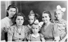 Het verhaal van een Sliedrechtse moeder die met haar vijf dochters de Jappenkampen overleefde 94235712