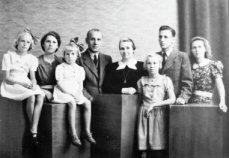 Het verhaal van een Sliedrechtse moeder die met haar vijf dochters de Jappenkampen overleefde 94235713