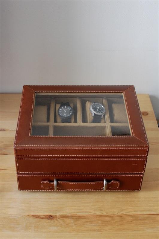 """adresse pour """"boîte de rangement à montres"""" - Page 3 Dsc_6811"""