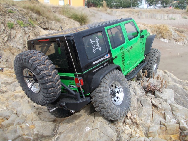 Axial scx10 Jeep Wrangler Unlimited Rubicon KIT - Página 4 810