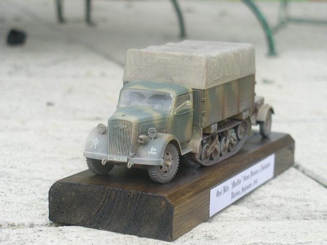 Opel Maultier [1/35 Italeri] P1010111