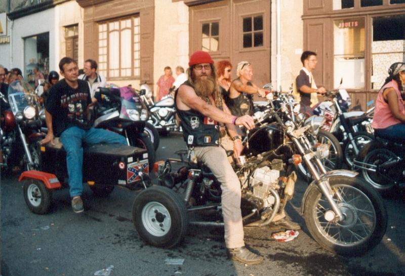 FREE WHEELS - Bike & Car Show - Rock Festival Free1110